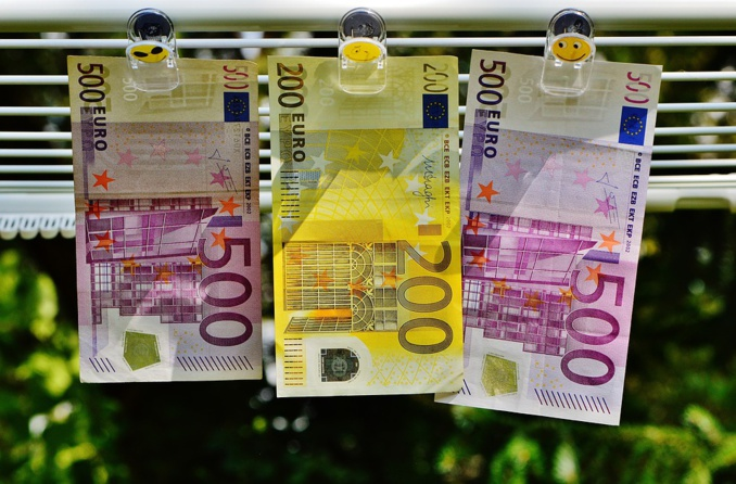 """Europe lures """"big finance"""" from London"""