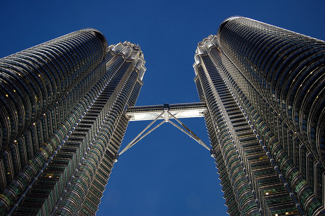 Petronas Twin Towers, Christian Juncker (Flickr / cc)