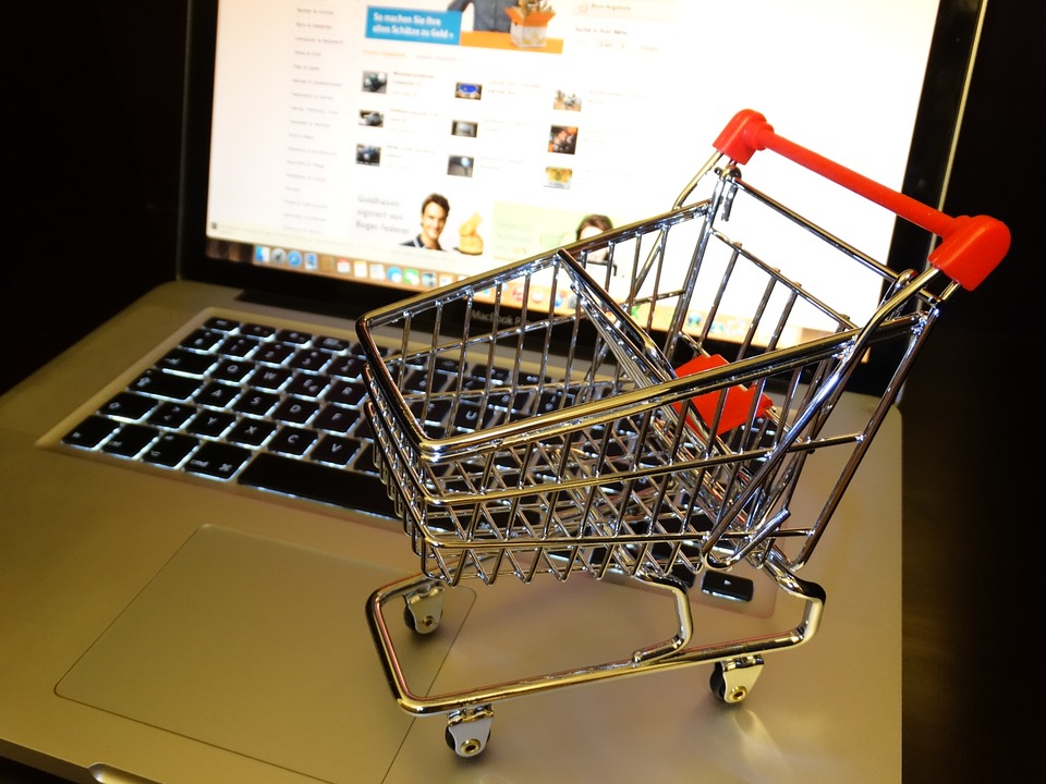 Rise of online shopping threatens intermediaries