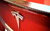 IIHS: Tesla, BMW need to work on driving-safety issues