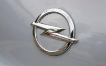 PSA Peugeot-Citroen completes purchase of Opel