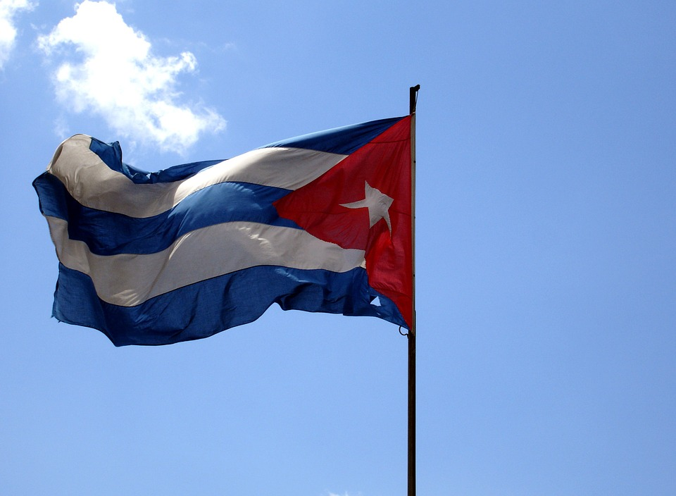 EU signs first ever cooperation pact with Cuba