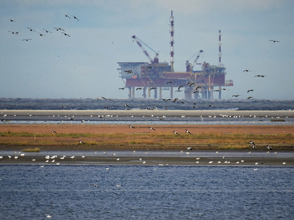 Depleted oil fields are a stumbling block to Scotland's independence