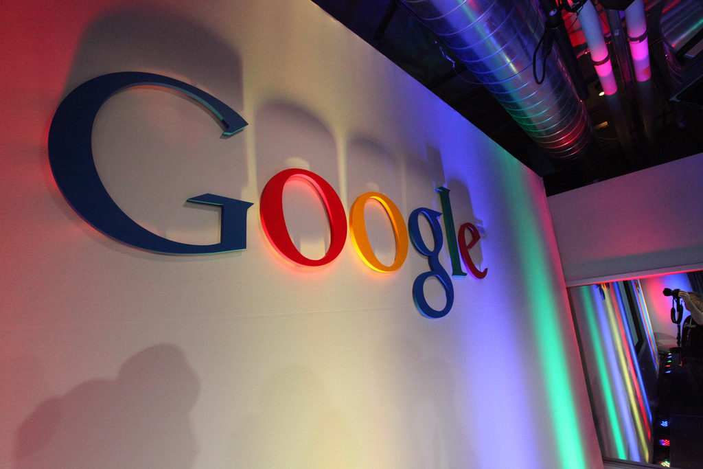 Google aims to turn India into a cashless society
