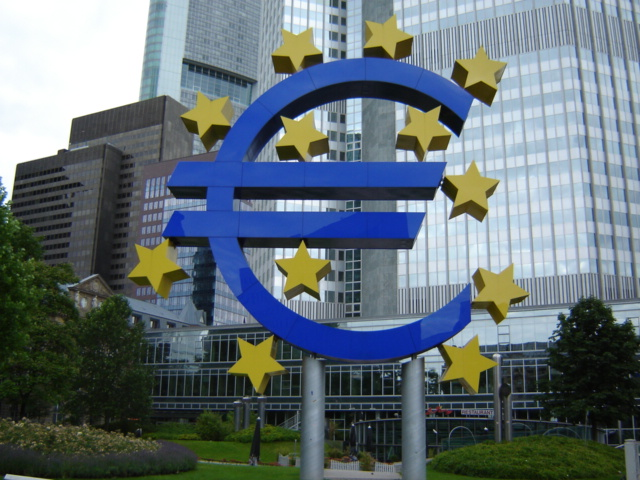 The ECB will revise its rhetoric in early 2018