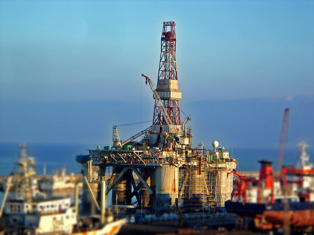 Schlumberger to pay $ 232.7 million fine for working in Iran, Sudan