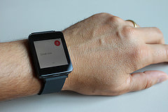 Google updates smartwatch software