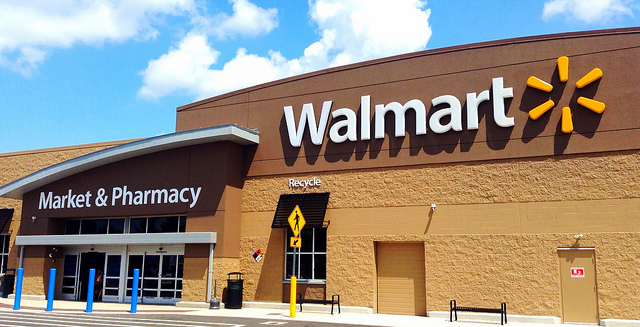 Walmart to cut management layer in US stores