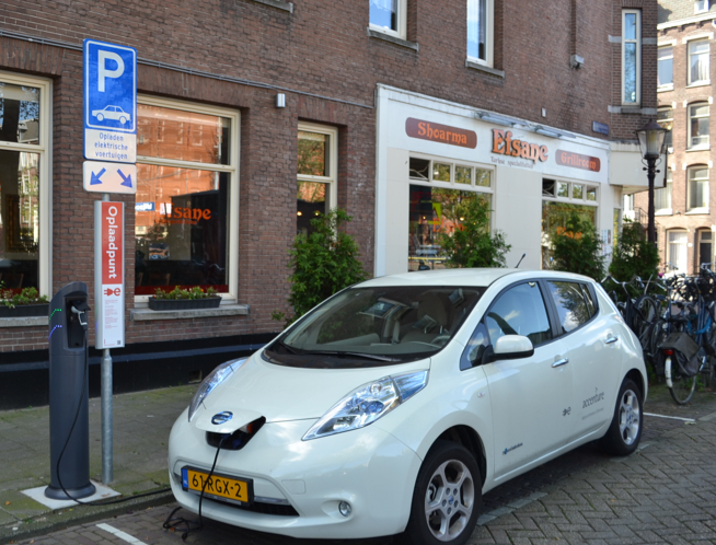 Navigant Research Report on PEV And Its Charging Services