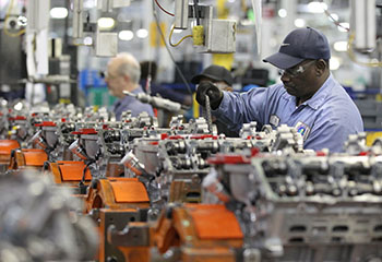 Manufacturing Sector in Washington Growing Despite Weakening Economy