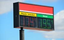 Arab oil companies cut borrowing thanks to oil rally