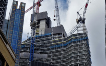 UK commercial construction sector stops because of Brexit