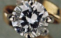 US watchdogs warns synthetic diamonds manufacturers against false advertizing