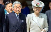 Japanese Emperor is leaving the throne