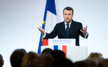 Macron promises Johnson to evaluate Brexit deal by the end of the week
