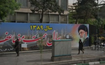 Iran seeks rescue from economic crisis in stock market