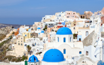 Greece to start accept tourists from July
