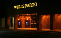 US watchdogs accuse Wells Fargo Bank former managers of deceiving investors