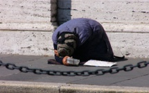Italy plunges into record poverty